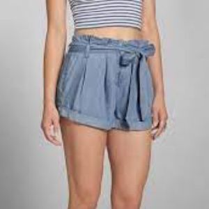 Abercrombie & Fitch Chambray Paper bag Shorts